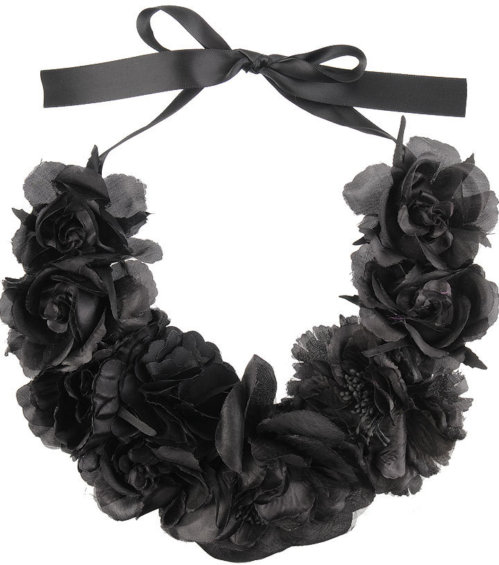 Silk Flowers Necklace