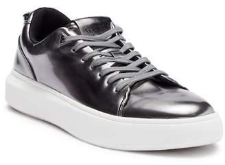 f49bafd56ca ... GUESS Dela Cruz Sneaker
