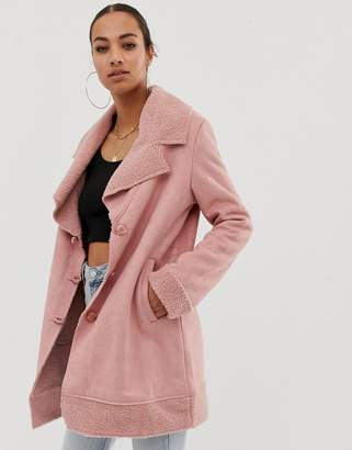 8e38692e506044 In The Style faux shearling and suede revere collar coat