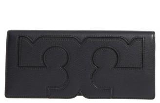 Tory Burch Serif Leather Clutch - Black $195 thestylecure.com