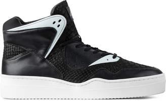 N. Article ̊_____ Black/White 0225-0314 Shoes