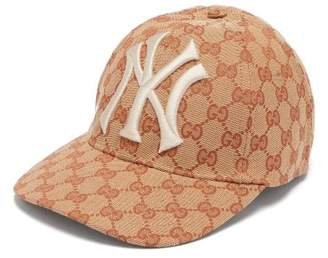 Gucci Ny Yankees Logo Gg Canvas Cap - Mens - Beige