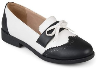 Brinley Co. Women's Faux Leather Bow Oxford Wingtip Loafers