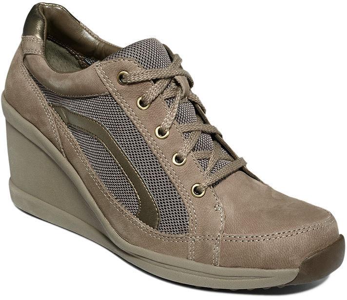 Easy Spirit Shoes, Ziser Sneakers