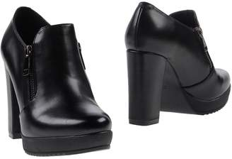 CAFe'NOIR Booties