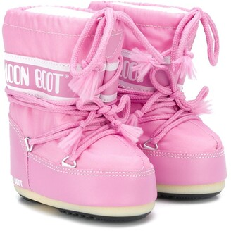 Moon Boot Kids logo moon boots