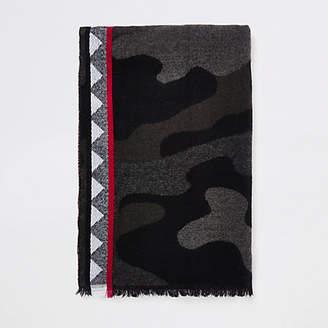 River Island Grey camo print scarf