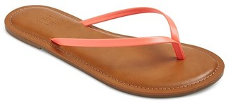 Mossimo Supply Co. Women's Rowen Flip Flop Sandals - Mossimo Supply Co. $9.99 thestylecure.com