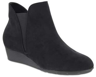MIA AMORE Sienna Ankle Bootie - Wide Width Available (Women)