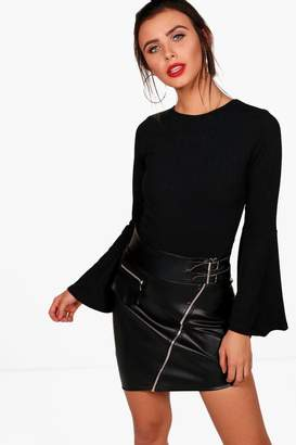 boohoo Petite Mel Flared Sleeve Rib Knit Bodysuit