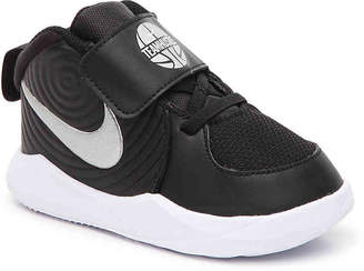Nike Team Hustle D9 Basketball Shoe - Kids' - Boy's