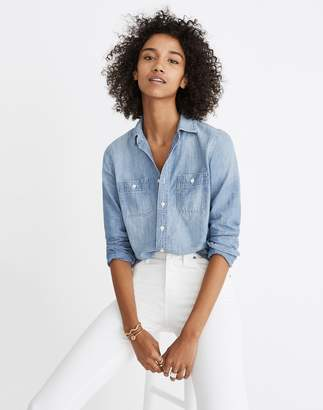 Madewell Chambray Classic Ex-Boyfriend Shirt in Mazzy Wash