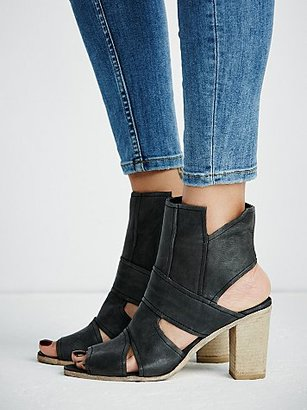 Effie Block Heel by FP Collection $168 thestylecure.com