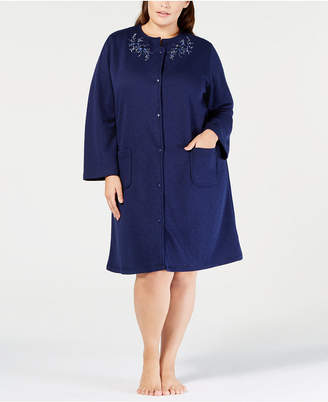 Miss Elaine Plus Size Quilt-In Embroidered Short Snap Robe