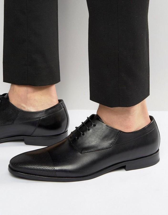 Hugo BossHUGO by Hugo Boss Square Oxford Diamond Toe Cap Derby Shoes