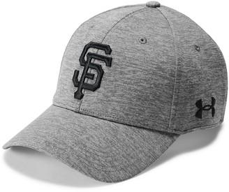 Under Armour Men's San Francisco Giants Closer Adjustable Snapback Cap