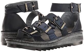 Naot Footwear Begonia