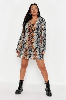 boohoo Plus Snake Print Smock Dress