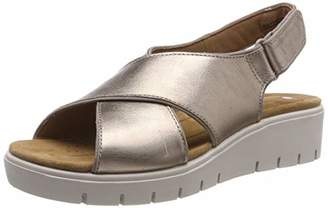 d39d86a48970 Clarks Un Karely Sun Leather Sandals in Gold Metallic Standard Fit Size 51⁄2