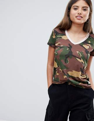 G Star G-Star Camoflage V-neck T-shirt