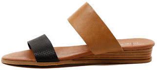 Django & Juliette New Hadmy Black Tan Womens Shoes Casual Sandals Sandals Flat