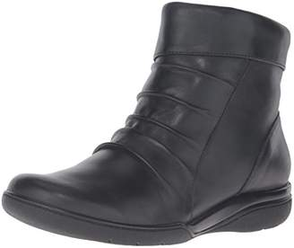 Clarks Women's Kearns Swim Boot