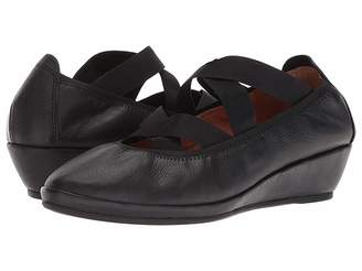Kenneth Cole Gentle Souls by Natalie Elastic Women's Shoes