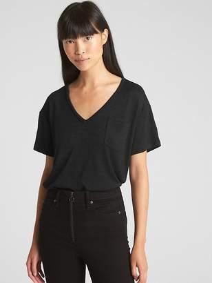 Gap Softspun V-Neck Pocket T-Shirt