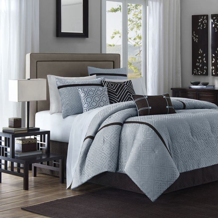 Bed Bath & Beyond Highgate California King 7-Piece Comforter Set