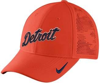 8d141ac9595 Nike Adult Detroit Tigers Vapor Classic Stretch-Fit Cap