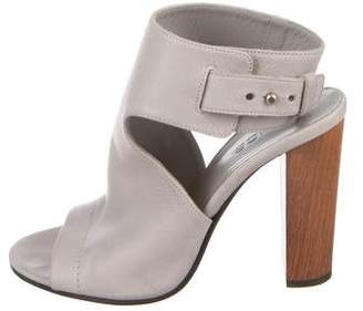 Vince Grey Leather Sandals