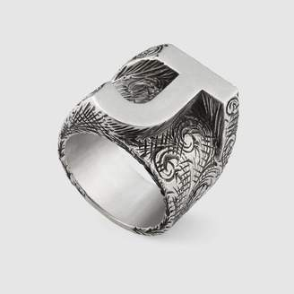"""Gucci Letter """"J"""" ring in silver"""