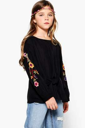 boohoo Girls Embroidered Puff Sleeve Shirt