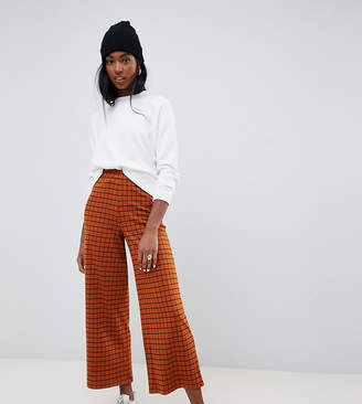 Asos Tall DESIGN Tall wide leg culotte pant in rust check