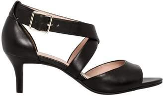 Le Château Women's Leather Criss-Cross Sandal