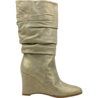 Theory Beige Suede Boots