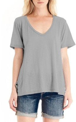 Women's Michael Stars V-Neck Supima Cotton Tee $68 thestylecure.com