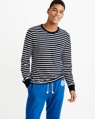 Abercrombie & Fitch Long-Sleeve Striped Icon Tee