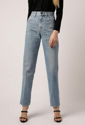 Gold Sign The Classic Fit Jean