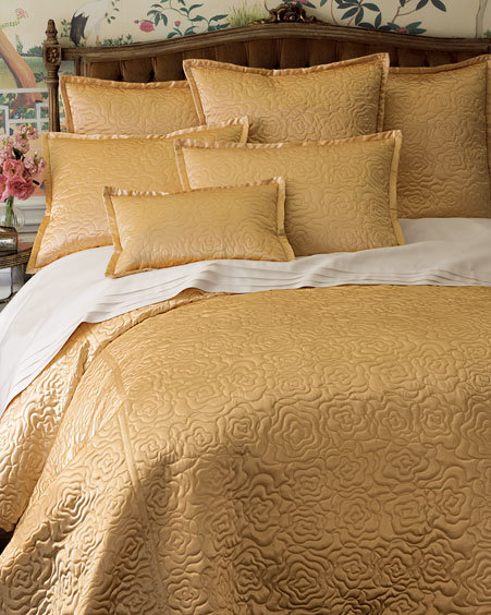 Rose-Quilted Linens