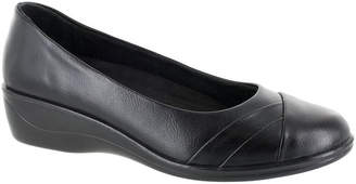 Easy Street Shoes Womens Nancy Slip-On Shoe Round Toe