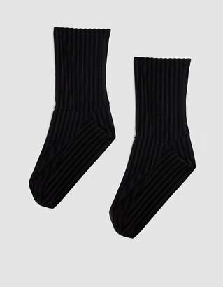 Darner Ribbed Velvet Sock in Black
