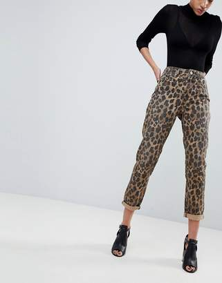 Asos Design DESIGN Ritson rigid mom jeans in leopard print