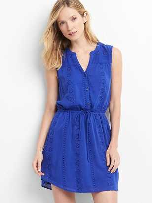 Sleeveless eyelet shirtdress $69.95 thestylecure.com