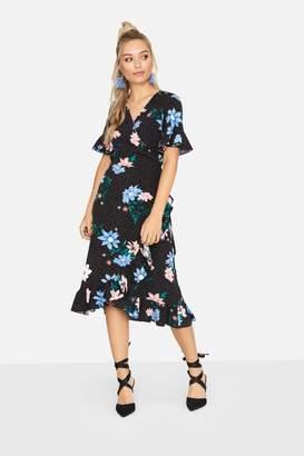 Girls On Film Outlet Paper Dolls Outlet Aubrey Frill Hem Wrap Dress