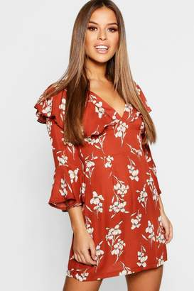 boohoo Petite Floral Ruffle Sleeve Tea Dress