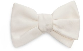 Givenchy Pagvan Silk-satin Bow Tie - Mens - White