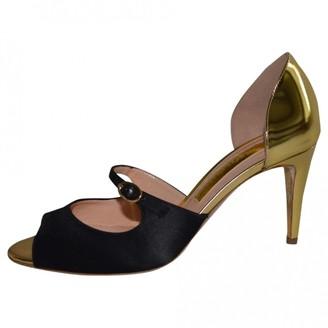 Rupert Sanderson Gold Leather Heels