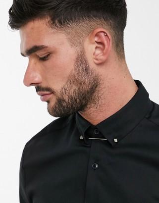 ASOS DESIGN Premium skinny fit sateen shirt with collar bar