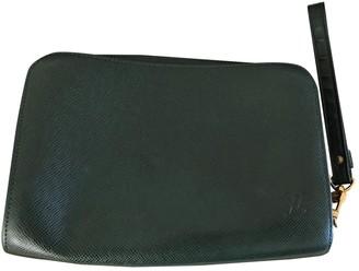 Louis Vuitton Pochette Accessoire Green Leather Clutch bags